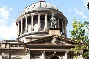 Tòa án Úc suýt xét xử nhầm bị cáo vì… trùng tên