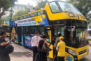 Tuyến buýt du lịch mui trần thứ 2 Hà Nội lăn bánh