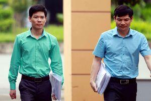 Vợ bác sĩ Hoàng Công Lương kêu gọi 20 nghìn chữ ký để minh oan cho chồng