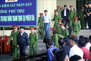 Vụ đánh bạc nghìn tỷ qua mạng: Phan Văn Vĩnh 9 năm tù, Nguyễn Thanh Hóa 10 năm tù