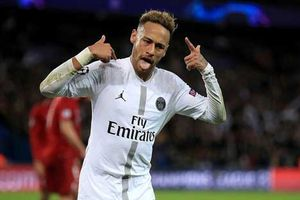 Ghi bàn vào lưới Liverpool, Neymar được ghi danh vào lịch sử bóng đá Brazil