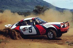 Porsche 911 sẽ có cấu hình SUV