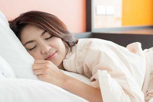 Đi ngủ lúc 10h tối và dậy 6h sáng, bạn nhận 7 lợi ích đáng kinh ngạc