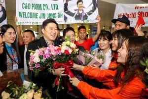Tượng đài bắn súng Jin Jong Oh: 'Mong Việt Nam sẽ có thêm nhiều Hoàng Xuân Vinh'