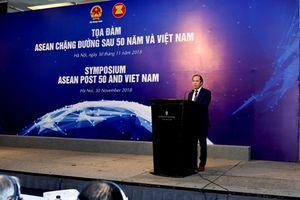 Tọa đàm 'ASEAN chặng đường sau 50 năm và Việt Nam'