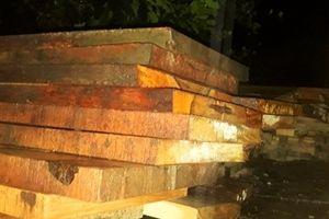 Điều tra nhiều gỗ rừng được phát hiện tại nhà máy thủy điện Sông Tranh 3
