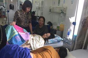 Ngộ độc do ăn bánh mì Đắk Lắk: Số lượng người nhập viện lên đến 200