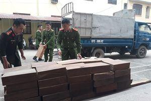 Cao Bằng: Bắt giữ xe ô tô chở gỗ nghiến trái phép