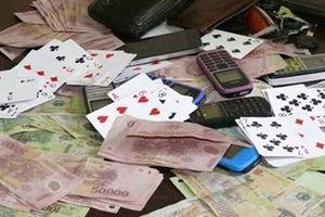 Bắt Đội phó Đội An ninh công an huyện tổ chức đánh bạc