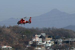 Hàn Quốc: Trực thăng cứu hỏa lao xuống sông Hàn