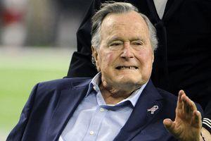Ông Bush 'cha' qua đời: Dấu ấn đáng nhớ trong cuộc đời vị tổng thống thứ 41 của nước Mỹ