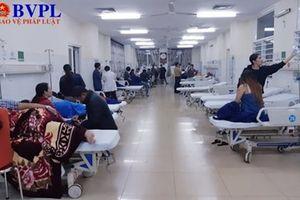 200 người phải nhập viện cấp cứu sau khi ăn bánh mì