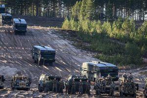 NATO dùng vỏ bọc tập trận để tập trung quân gần biên giới Nga
