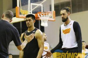 Đối đầu Dreamers, Coach Kyle chỉ thị đặc biệt cho Chris Dierker và Kyle Barone