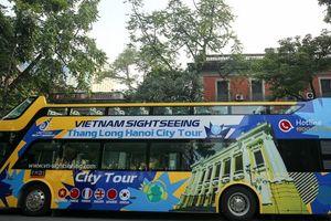 Tham quan các di tích của Hà Nội bằng xe bus 2 tầng