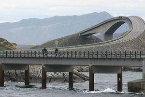 Khám phá 6 con đường nguy hiểm nhất trên thế giới