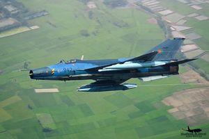 MiG-21 Trung Quốc chế tạo rơi liên tục, đã tới lúc 'về vườn'?