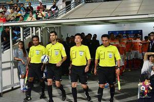 Trọng tài Qatar bắt chính trận bán kết AFF Cup Việt Nam - Philippines
