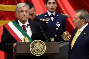 Tân Tổng thống Mexico L.Obrador đối mặt nhiều thách thức