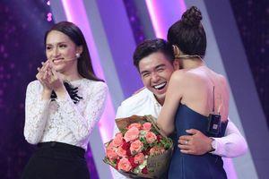 Sau khi ly hôn, người đẹp Hoa hậu Hoàn vũ lên truyền hình tìm bạn trai