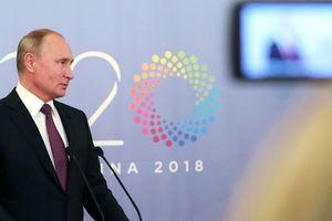 Tiếp tục bị 'đánh hội đồng', Nga liệu có còn đứng vững?