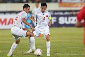 Đội hình Việt Nam vs Philippines: Văn Quyết đá cặp Công Phượng