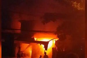 Cháy lớn tại khu nhà trọ, một người tử vong