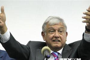 Tân Tổng thống Mexico Andres Manuel Lopez Obrador tuyên thệ nhậm thức
