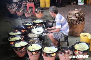 Đến chùa 'Bánh Xèo' độc nhất ở An Giang để được ăn bánh xèo 'chùa'