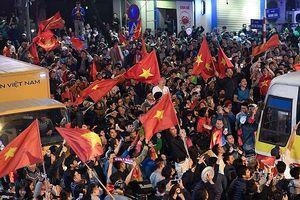 Công an Hà Nội trắng đêm đảm bảo an ninh trật tự sau trận thắng của đội tuyển Việt Nam