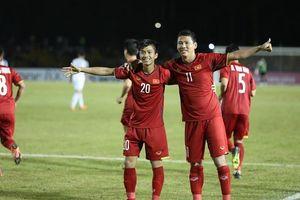 Vé chợ đen tăng 'chóng mặt' sau khi Việt Nam thắng Philippines trên sân khách