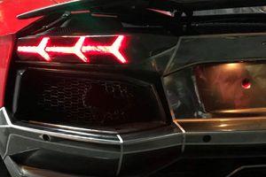 Đi bão ăn mừng, siêu xe Lamborghini nẹt pô cháy đuôi ở Đà Nẵng
