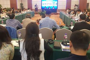 Phát triển du lịch đường bộ Việt- Trung: Cần thay đổi để giữ và tăng lượng khách