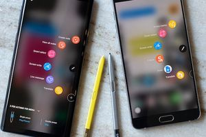 Công nghệ 24h: Samsung tại Nigeria dùng iPhone để quảng cáo cho Note 9