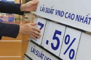 Tài chính 24h: Hàng loạt ngân hàng đẩy lãi suất tiết kiệm lên trên 8%/năm