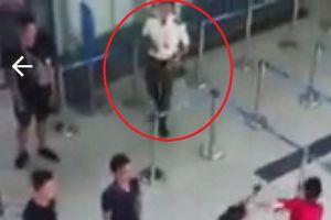 Phạt nhân viên an ninh 'bàng quan' trong vụ gây rối tại sân bay Thanh Hóa