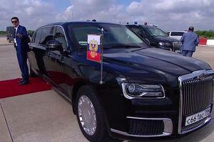 Chiêm ngưỡng siêu xe bọc thép tháp tùng của Tổng thống Putin