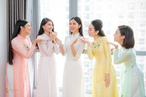 Ngắm dàn phù dâu toàn Hoa hậu, Á hậu trong hôn lễ của Thanh Tú