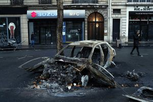 Thủ đô nước Pháp sau chuỗi ngày biểu tình bạo lực