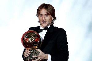 Luka Modric trở thành chủ nhân của Quả bóng vàng 2018