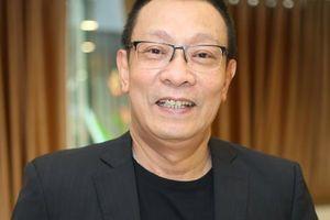 MC Lại Văn Sâm phải 'xin phép con trai' để ra ở riêng