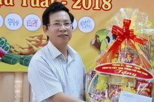 Vì sao Phó chủ tịch TP Nha Trang bị khởi tố vẫn chưa bị cách chức?