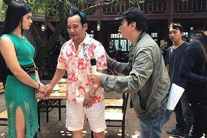 Quang Tèo hẹn hò lén lút với mỹ nữ trong phim hài Tết 2019