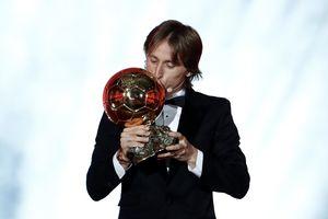 Modric giành Quả bóng vàng, phá vỡ sự thống trị của Ronaldo và Messi