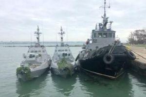 Nga di dời 3 tàu Ukraine bị bắt trên eo biển Kerch tới nơi bí mật?