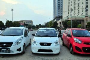 Thị trường ô tô Việt: Lượng xe nhập về trong những tháng cuối năm tăng vọt