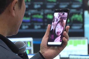 Chứng kiến cuộc gọi video qua kết nối 5G thương mại đầu tiên trên thế giới