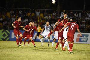 Cầu thủ Philippines 'sốc' vì bay 20 tiếng sang Việt Nam đá trận lượt về
