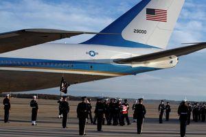 Di hài cố Tổng thống George H.W. Bush được đưa về Washington bằng Không lực Một
