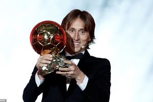 Vượt Messi và Ronaldo, Modric giành 'Quả bóng vàng 2018'